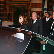 NLD/Amsterdam/20121105 - Premiere Cloud Atlas en start Amsterdam Film Week, vetrek Susan Sarandon