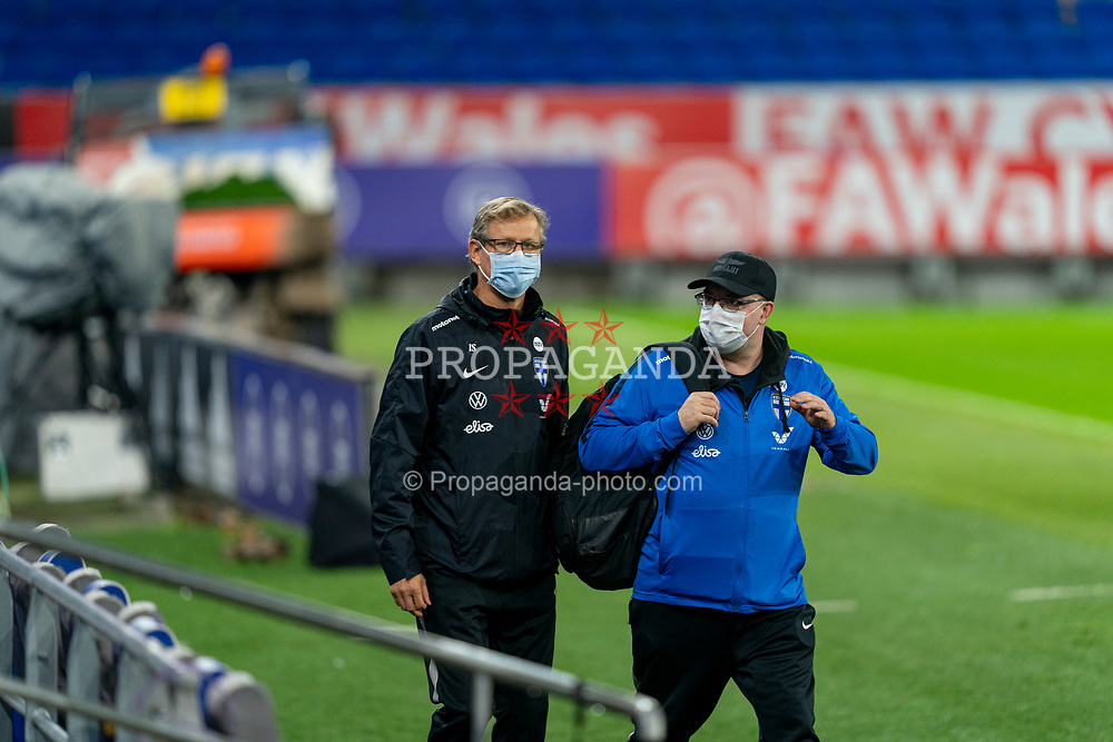 CARDIFF, WALES - Tuesday, November 17, 2020: Finland's head coach Markku Kanerva (L) and press officer Timo Weld (R) during a training session at the Cardiff City Stadium ahead of the UEFA Nations League Group Stage League B Group 4 match between Wales and Finland. (Pic by David Rawcliffe/Propaganda)