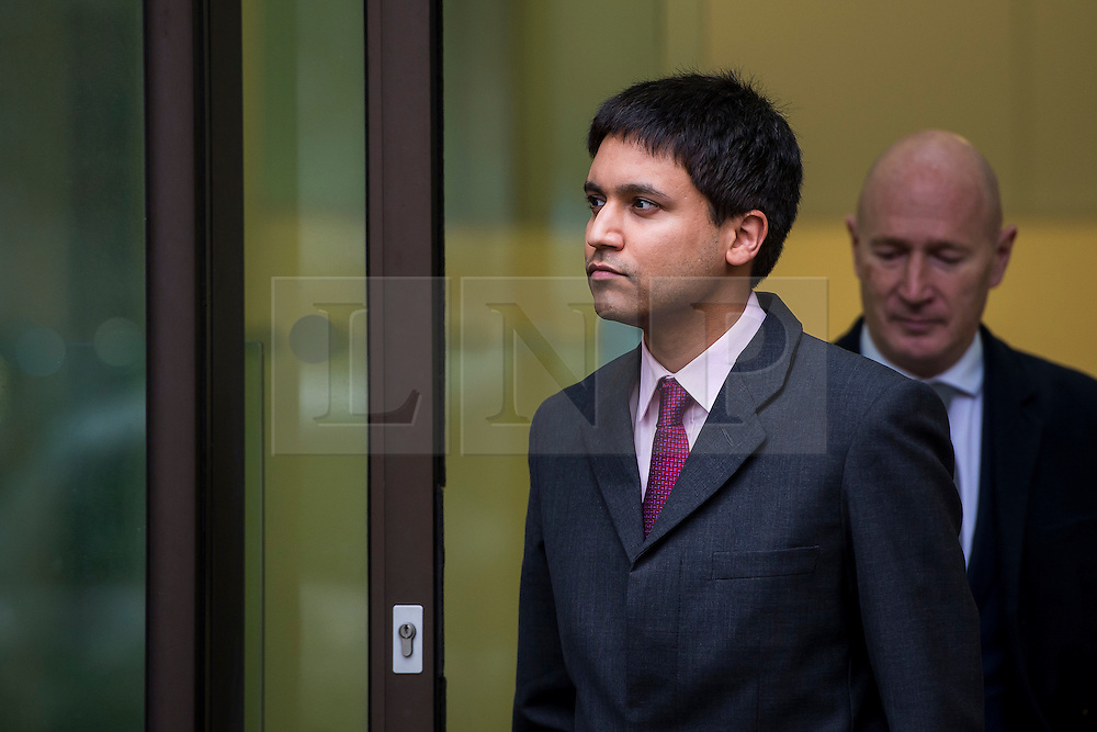 © Licensed to London News Pictures. 05/02/2016. London, UK. Flash Trader NAVINDER SINGH SARAO (L) leaves Westminster Magistrates court in London. Sarao, nicknamed the Hound of Hounslow, is accused of contributing to the 2010 flash crash. He has been charged with 22 counts of fraud and market manipulation by the US authorities who want to extradite him. Photo credit: Ben Cawthra/LNP