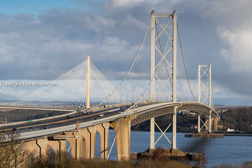 South Queensferry, Scotland, UK. 30 January 2020.  Queensferry Crossing bridge closed and Forth Road Bridge opened to all traffic this morning as temporary traffic diversion experiment is carried out. Highway operators are investigating the feasibility of diverting traffic from M90 from Queensferry Crossing onto the Forth Road Bridge at times when the Queensferry Crossing has to close because of ice on the cables for example. Extensive traffic management works are required however because no direct traffic access points were constructed between carriageways on each bridge. Pic; general view of Forth Road Bridge .  Iain Masterton/Alamy Live News
