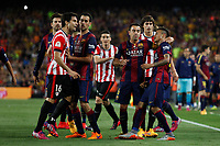 Athletic de Bilbao´s Ander Iturraspe and Xabier Etxeita try to hit Barcelona´s Neymar Jr during 2014-15 Copa del Rey final match between Barcelona and Athletic de Bilbao at Camp Nou stadium in Barcelona, Spain. May 30, 2015. (ALTERPHOTOS/Victor Blanco)