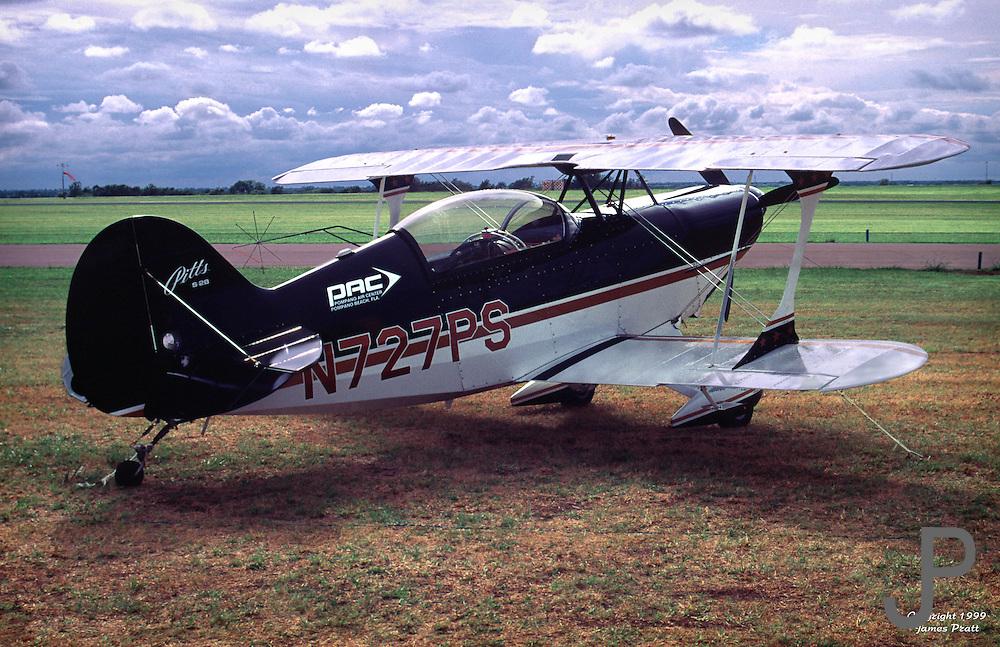 Pitts S2B at world aerobatics championship held at Page Airfield
