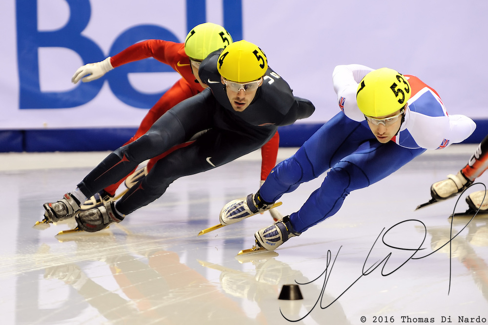 2008 World Cup Short Track - Vancouver - Travis Jayner (USA) and Tom Iveson (GBR) compete in the1000m (1) Men's Preliminary 1.