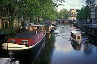 Holanda. Amsterdam.<br /> Casas barco en uno de los canales de la ciudad.<br /> <br /> © JOAN COSTA