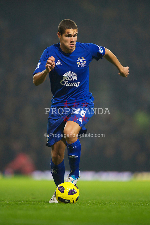 LONDON, ENGLAND - Tuesday, December 28, 2010: Everton's Jack Rodwell in action against West Ham United during the Premiership match at Upton Park. (Pic by: David Rawcliffe/Propaganda)