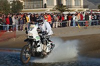 Motor<br /> Paris Dakar 2004<br /> Foto: Digitalsport<br /> Norway Only<br /> <br /> CASTELLON - TANGER<br /> 03.01.2004<br /> PÅL ANDERS ULLEVÅLSETER / KTM SCANDINAVIA