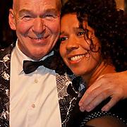 NLD/Amsterdam/20081208 - Premiere Wit Licht, Peter Faber en partner Suzanne van Dijk