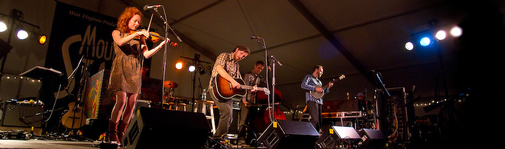 Great Lake Swimmers at North House Folk School in Grand Marais Minnesota at NPR's Mountain Stage Production. Assorted Musicians and Entertainers
