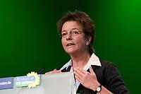 29 NOV 2003, DRESDEN/GERMANY:<br /> Angelika Beer, B90/Gruene Bundesvorsitzende, haelt eine Rede, 22. Ordentliche Bundesdelegiertenkonferenz Buendnis 90 / Die Gruenen, Messe Dresden<br /> IMAGE: 20031129-01-097<br /> KEYWORDS: Bündnis 90 / Die Grünen, BDK, speech<br /> Parteitag, party congress, Bundesparteitag