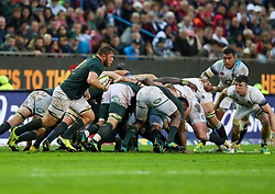 Duane Vermeulen of South Africa picks up from a scrum- Mandatory by-line: Steve Haag/JMP - 23/06/2018 - RUGBY - DHL Newlands Stadium - Cape Town, South Africa - South Africa v England 3rd Test Match, South Africa Tour