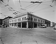 """Ackroyd 00072-29. """"Montgomery Ward Warehouse. May 17, 1947."""" exterior view shows the northwest corner of NW 5th & Glisan."""