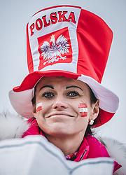 03.01.2019, Bergiselschanze, Innsbruck, AUT, FIS Weltcup Skisprung, Vierschanzentournee, Innsbruck, Qualifikation, im Bild polnischer Fan weiblich // polish fan woman during his Qualification Jump for the Four Hills Tournament of FIS Ski Jumping World Cup at the Bergiselschanze in Innsbruck, Austria on 2019/01/03. EXPA Pictures © 2019, PhotoCredit: EXPA/ JFK
