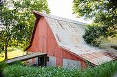 Red Barn in Bella Vista
