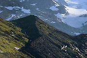 Glacier moraine (Schlatenkees, Großvenediger). High Tauern National Park (Nationalpark Hohe Tauern), Central Eastern Alps, Austria | Ufermoräne, Moränenwall vom Schlatenkees ein Gletscher am Großvenediger in der Venedigergruppe. Nationalpark Hohe Tauern, Osttirol in Österreich