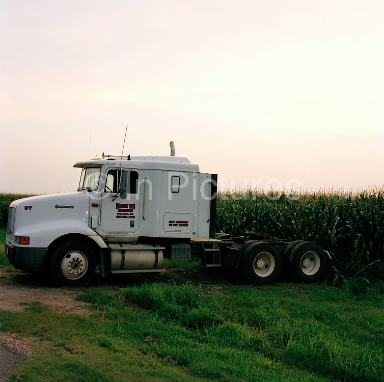 This truck seems to be pulling the Corn like a load direcly from the field and is evocative of the relationship to land and transport the Americans have always had, Clarksdale, Mississippi.