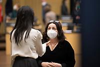 DEU, Deutschland, Germany, Berlin, 07.05.2021: Berlins Gesundheitssenatorin Dilek Kalayci (SPD) und Staatssekretärin Sawsan Chebli (SPD) während einer Sitzung im Bundesrat.