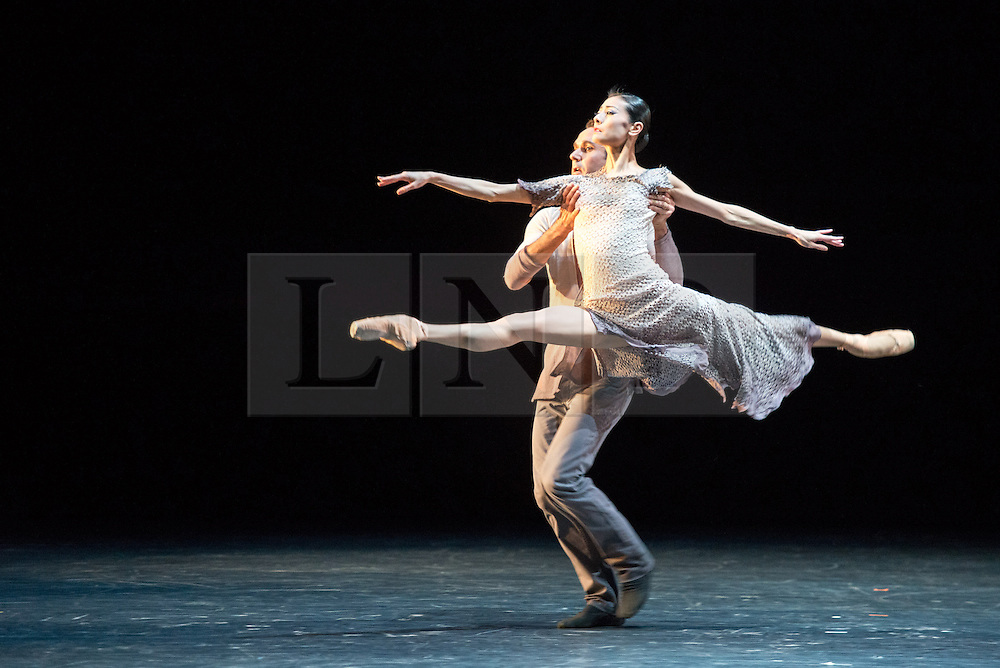 © Licensed to London News Pictures. 14/11/2013. Finding Light, choreographed by Edwaard Liang, is danced by San Francisco principal dancers Yuan Yuan Tan and Damian Smith. Also featuring Wheeldon's Five Movements, Three Repeats and Russell Maliphant's new solo work – PresentPast. The evening also features two seminal works - Wheeldon's After the Rain and Maliphant's Two x Two. Picture shows Finding Light by Edwaard Liang, featuring Yuan Yuan Tan & Damian Smith. Photo credit: Tony Nandi/LNP.
