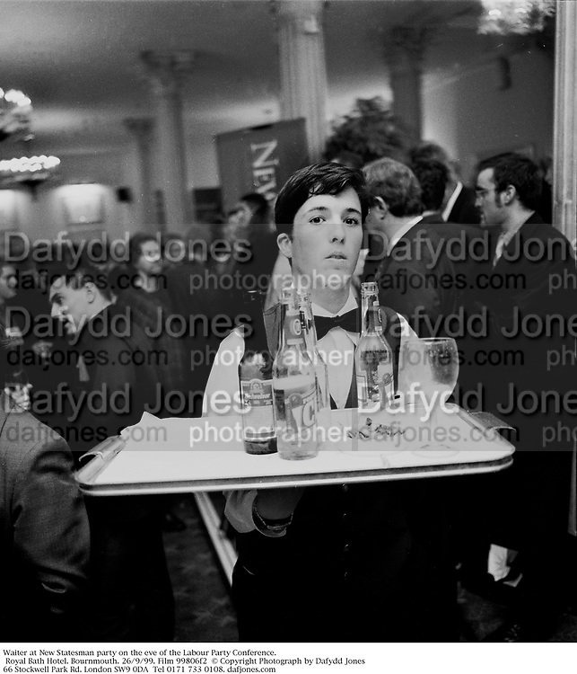 Waiter at New Statesman party on the eve of the Labour Party Conference. Royal Bath Hotel. Bournmouth. 26/9/99. Film 99806f2  © Copyright Photograph by Dafydd Jones<br />66 Stockwell Park Rd. London SW9 0DA<br />Tel 0171 733 0108. dafjones.com