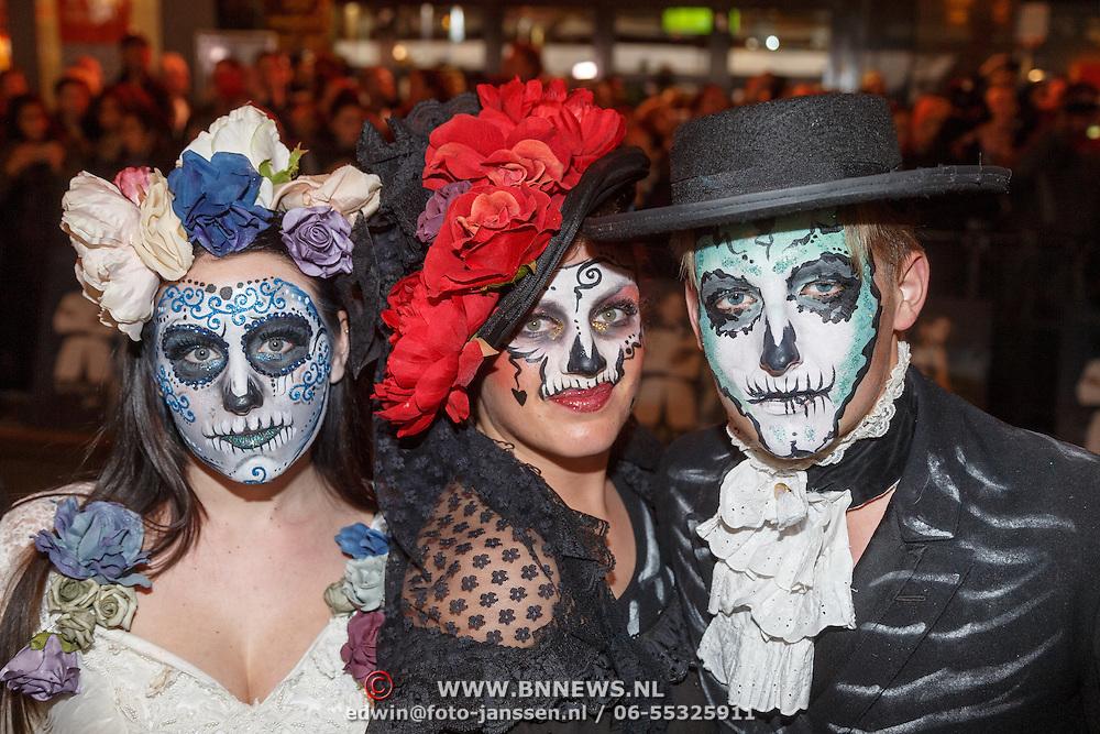 NLD/Amsterdam/20151028 - Premiere James Bondfilm Spectre, haloween poppen