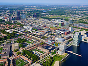 Nederland, Flevoland, Almere, 26-08-2019; Almere Centrum met de Esplanade. Citymall Almere, winkelcentrum. Het Weerwater (rechts) , links station en omgeving.<br /> City centre Almere.<br /> luchtfoto (toeslag op standard tarieven);<br /> aerial photo (additional fee required);<br /> copyright foto/photo Siebe Swart