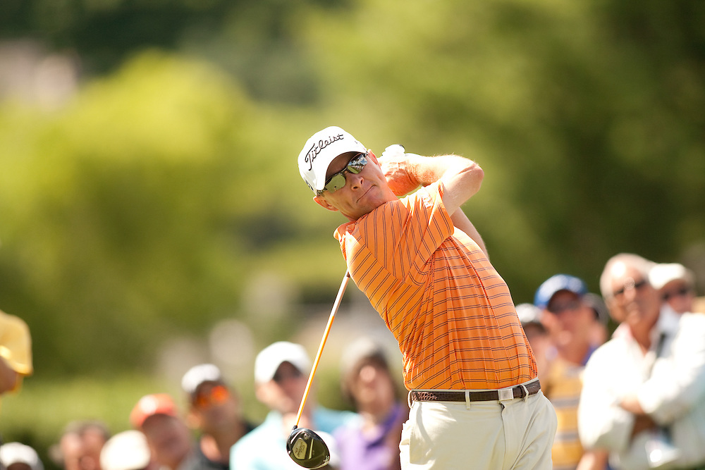 NEWTOWN SQUARE, PA - JULY 1: Davis Love III plays a shot during the first round of the AT&T National Classic at Aronimink Golf Club on July 1, 2010 in Newtown Square, Pennsylvania. (Photo by Darren Carroll) *** Local Caption *** Davis Love III
