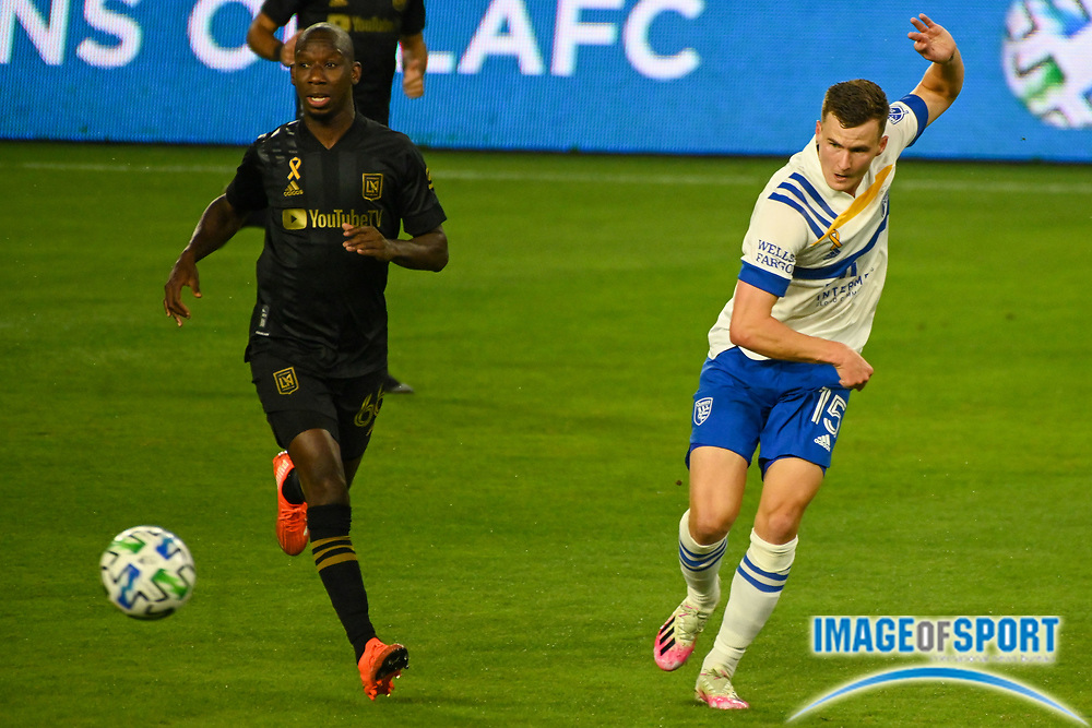 LAFC forward Bradley Wright-Phillips (66) and San Jose Earthquakes defender Tanner Beason (15) chase the ball during a MLS soccer game, Sunday, Sept. 27, 2020, in Los Angeles. The San Jose Earthquakes defeated LAFC 2-1.(Dylan Stewart/Image of Sport)