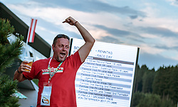 08.07.2017, Red Bull Ring, Spielberg, AUT, FIA, Formel 1, Grosser Preis von Österreich, Qualifying, im Bild Campingplatz, ein Fan feiert // Campsite a Fan makes Party After the Qualifying of the Austrian FIA Formula One Grand Prix at the Red Bull Ring in Spielberg, Austria on 2017/07/08. EXPA Pictures © 2017, PhotoCredit: EXPA/ JFK