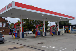 © Licensed to London News Pictures. 25/09/2021. High Wycombe, UK. An empty forecourt at an Esso petrol station on Amersham Road in High Wycombe after it ran out of fuel on Saturday morning as panic buying takes hold following reports of fuel shortages due to delivery difficulties in the supply chain across in the UK because of a lack of HGV drivers. Photo credit: Peter Manning/LNP
