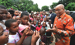 MHLABUYALINGANA, March 14, 2017  South?African President Jacob Zuma (1st R) visits local communities of Mhlabuyalingana in northern KwaZulu-Natal Province?of?South?Africa bordering Mozambique, on March 14, 2017. President Jacob Zuma pledged on Tuesday to combat crime that is causing tension between South African and Mozambican nationals in communities bordering Mozambique. (Credit Image: © Xinhua via ZUMA Wire)
