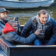 NLD/Amsterdam/20160116 - Photocall en premiere Ride Along 2, Ice Cube en Kevin Hart op een boot met Najob Amhali