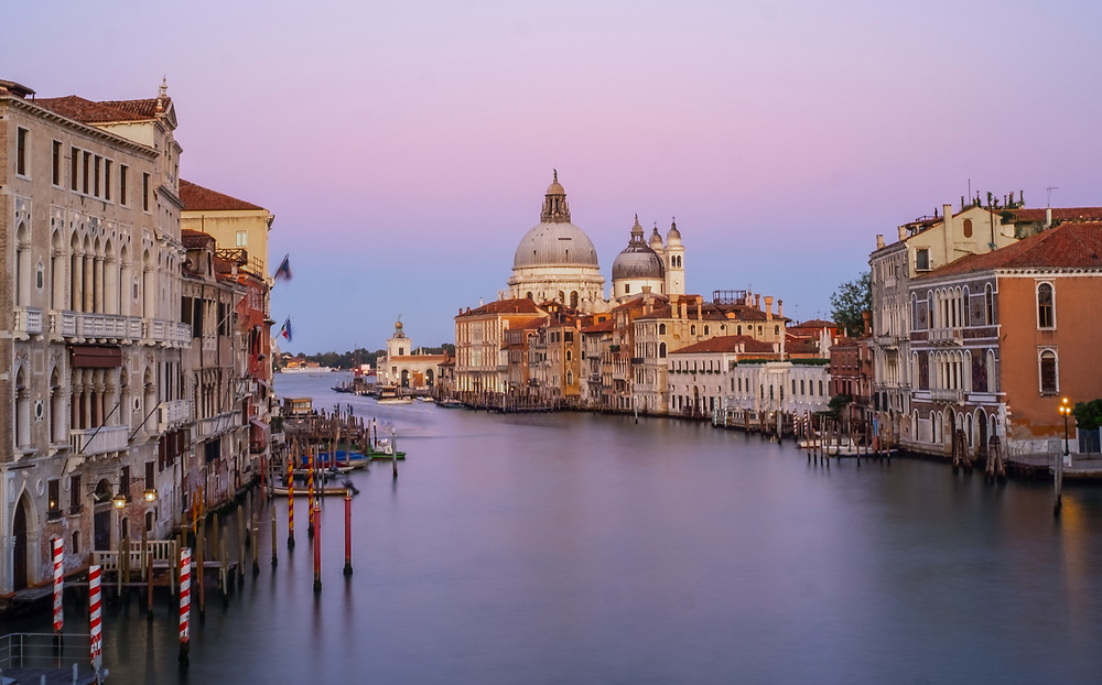 Photography: Color, Digital on Aluminium, Canvas, Forex or photographic paper.<br /> <br /> Venice during the lockdown for Covid-19, a remote magic atmosphere.<br /> <br /> PRICE: 150,00 €<br /> Shipping included<br /> 7 day money-back guarantee<br /> <br /> <br /> <br /> Styles:<br /> <br /> Fine Art<br /> Minimalism