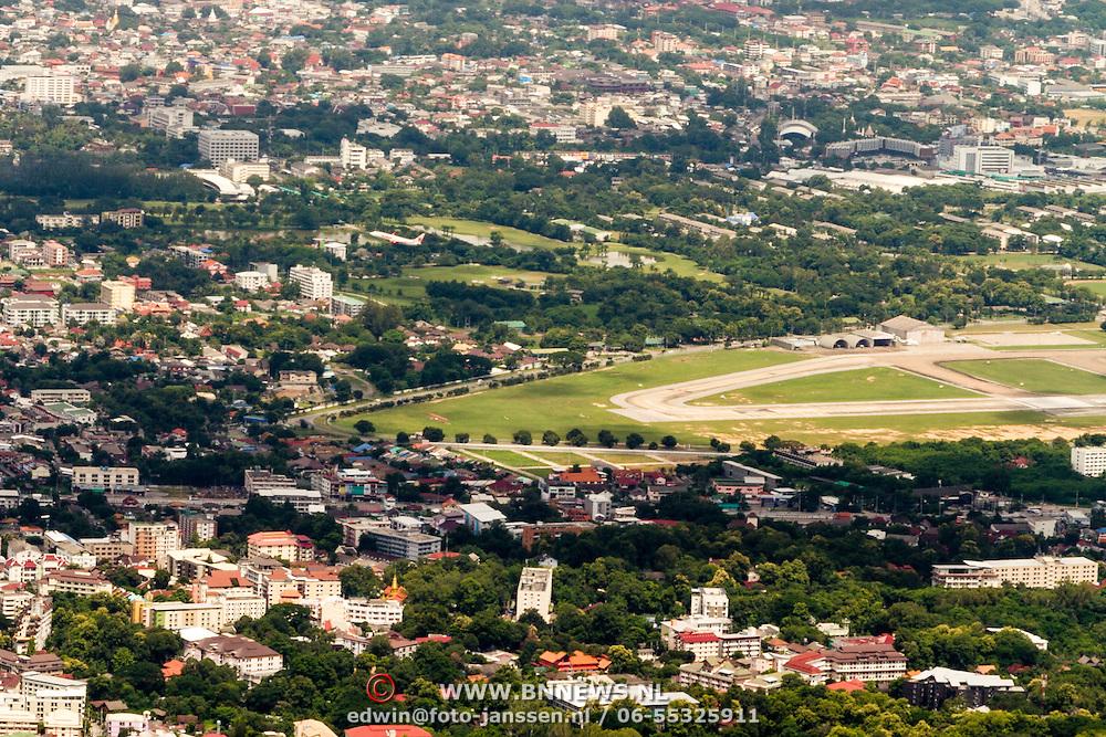 THA/Bangkok/20160729 - Vakantie Thailand 2016 Bangkok, uitzicht vanaf een berg