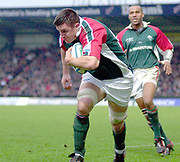Wycombe. GREAT BRITAIN, 5th December 2004. Heineken Cup Rugby  London Wasps and Leicester Tigers,  Adams Park, ENGLAND, [Mandatory Credit; Peter Spurrier/Intersport-images].<br /> <br /> Martin corry running in for his first try.