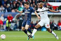 FOOTBALL - FRENCH CHAMPIONSHIP 2012/2013 - L1 - PARIS SAINT GERMAIN VS SOCHAUX - 29/09/2012 - KEVIN GAMEIRO (PARIS SAINT-GERMAIN), CEDRIC KANTE (SOCHAUX)