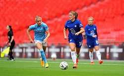 Maren Mjelde of Chelsea Women looks for a pass - Mandatory by-line: Nizaam Jones/JMP - 29/08/2020 - FOOTBALL - Wembley Stadium - London, England - Chelsea v Manchester City - FA Women's Community Shield