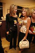 FOX NEWS PRESENTER AMY KELLOGG AND ANDREA CATHERWOOD, Maria Grachvogel 5th Anniversary of her  Sloane St store. 162 Sloane St. London. 19 October 2006. -DO NOT ARCHIVE-© Copyright Photograph by Dafydd Jones 66 Stockwell Park Rd. London SW9 0DA Tel 020 7733 0108 www.dafjones.com