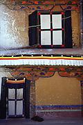 Wall decor at Potala Palace