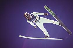 29.09.2018, Energie AG Skisprung Arena, Hinzenbach, AUT, FIS Ski Sprung, Sommer Grand Prix, Hinzenbach, im Bild Manuel Fettner (AUT) // Manuel Fettner of Austria during FIS Ski Jumping Summer Grand Prix at the Energie AG Skisprung Arena, Hinzenbach, Austria on 2018/09/29. EXPA Pictures © 2018, PhotoCredit: EXPA/ JFK