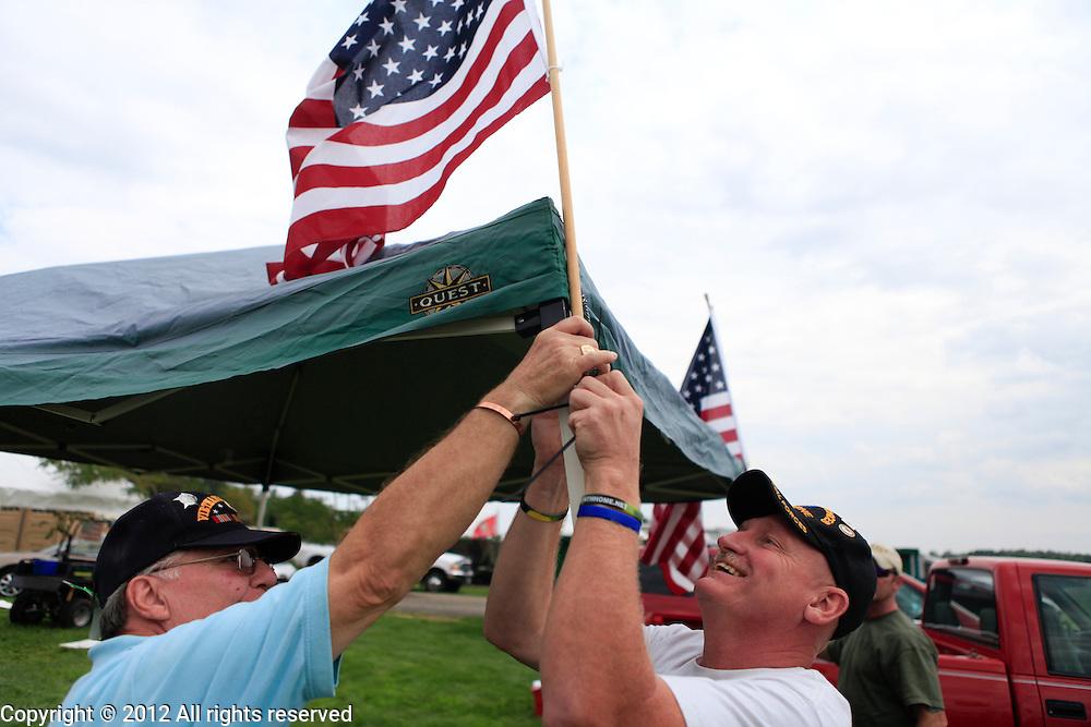 posting the colors Kokomo Indiana Vietnam Veterans Reunion 2012