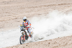 Laia Sanz (ESP) of Red Bull KTM Factory Team races during stage 04 of Rally Dakar 2019 from Arequipa to o Tacna, Peru on January 10, 2019 // Marcelo Maragni/Red Bull Content Pool // AP-1Y39E6NSW1W11 // Usage for editorial use only // Please go to www.redbullcontentpool.com for further information. //