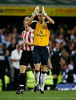 Photo: Steve Bond.<br />Birmingham City v Sunderland. The FA Barclays Premiership. 15/08/2007. Craig Gordon acknowledges the Sunderland fans