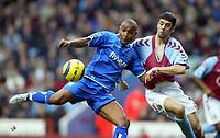 Fotball<br /> Premier League 2004/05<br /> Aston Villa v Birmingham<br /> Villa Park<br /> 12. desember 2004<br /> Foto: Digitalsport<br /> NORWAY ONLY<br /> Birmingham City's Clinton Morrison scores the opening goal past Aston Villa's Mark Delaney
