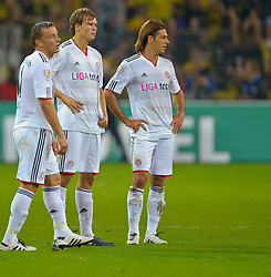 03.10.2010, Signal Iduna Park, Dortmund, GER, 1.FBL, Borussia Dortmund vs Bayern Muenchen im Bild  Ivica Olic (Bayern #11) Martin Demichelis (Bayern #6) Holger Badstuber ( Bayern #28 )   EXPA Pictures © 2010, PhotoCredit: EXPA/ nph/  Kokenge+++++ ATTENTION - OUT OF GER +++++