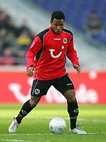 Fotball<br /> Bundesliga Tyskland 2004/2005<br /> Foto: Witters/Digitalsport<br /> NORWAY ONLY<br /> <br /> Julian DE GUZMAN<br /> Fussballspieler Hannover 96