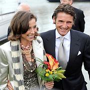 Koninginnedag 2008 / Queensday 2008. <br /> <br /> Koningin Beatrix viert Koninginnedag dit jaar in Friesland. De vorstin en haar familie bezochten op 30 april Makkum en Franeker.<br /> <br /> Queen Beatrix celebrates Queensday this year in Friesland (the Nothren provice in Holland). The Queen and its family visited Makkum and Franeker on 30 April.<br /> <br /> Op de foto/ On the Photo:<br /> <br /> Prins Maurits en Marilene