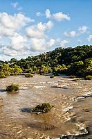 Rio Hercílio. Ibirama, Santa Catarina, Brasil. / <br /> Hercílio River. Ibirama, Santa Catarina, Brazil.