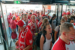 15-09-2019 NED: EC Volleyball 2019 Netherlands - poland, Rotterdam<br /> First round group D / Support Poland waiting for entrance 3 hours for start