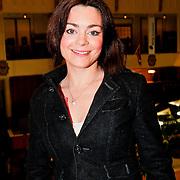 NLD/Amsterdam/20110125 - Opening Amsterdamse Effectenbeurs door cast Legally Blond, Kim-lian van der Meij