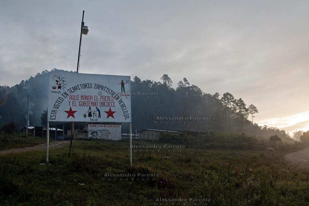 The entrance of Morelia, Altamirano, Chiapas.<br /> El portal de Morelia, Altamirano, Chiapas.