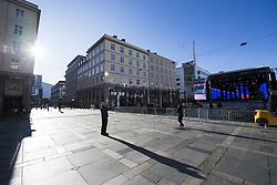 September 16, 2017 - Bergen, NORWAY - 170916 People are walking in the streets during the time trial training session on September 16, 2017 in Bergen..Photo: Jon Olav Nesvold / BILDBYRN / kod JE / 160014 (Credit Image: © Jon Olav Nesvold/Bildbyran via ZUMA Wire)